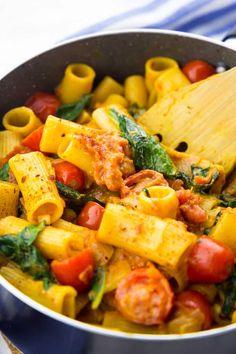 Vegane One Pot Pasta mit Spinat