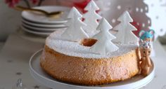 Angel christmas cake Christmas Angels, Cake, Biscuits, Desserts, Pie Cake, Crack Crackers, Tailgate Desserts, Pastel, Cookie Recipes