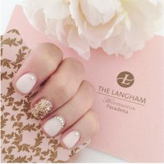 These elegant nails are the perfect touch of femininity whether you're attending a wedding or just sitting at work. #Nails #NailArt