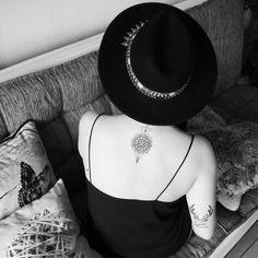 Nouveaux tatouages par @ladame2pique33 ♠  #tatoo #ladame2pique33 #ladamedepique #zara #newtattoos #mandala #mandalatattoo #expectopatronum #patronus #harrypotter #bohemian #tatooed #instatatoo #tattoedgirl #bordeauxtattoo #tatouage #tattoo #tattoos #tattooed #tattooer #bordeauxtattoo #mytattoos #bnw #blackwhite #blackandwhite #noiretblanc #bohemianhat #zarahat #harrypottertattoo #hptattoo