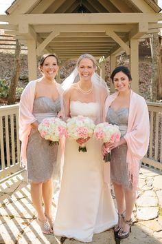 Bridal party in front of the covered bridge over Phillips Creek. #bride #bridesmaids