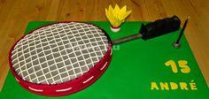 RAQUETE DE BADMINTON - Outubro 2013 http://onecakeout.blogspot.pt/2014/12/raquete-de-badminton.html
