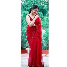 Sleeveless Blouse, Sari, Fashion, Saree, Moda, Fashion Styles, Fashion Illustrations, Saris, Sari Dress