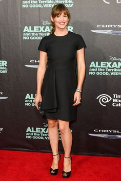 The World's Most Perfect T-Shirt Dress Can Even Be Worn On The Red Carpet - Jennifer Garner in Valentino dress