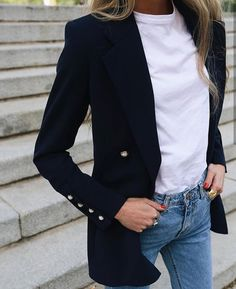 Casual jeans, white T-whirt and black blazer # jeans - Black Blazer With Jeans, Look Blazer, Casual Jeans, Jeans Style, Jacket Style, White Jeans, Black Blazer Casual, Blazer Shirt, Black Blazer Outfits