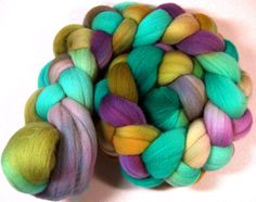 Floral merino wool top for spinning and felting 3.9 by yarnwench