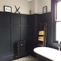 Bath room blue wood farrow ball ideas for 2019 Wood Panel Bathroom, Bathroom Paneling, Master Bathroom, Bad Inspiration, Bathroom Inspiration, Victorian Bathroom, Black Kitchens, Kitchen Black, Kitchen Wood