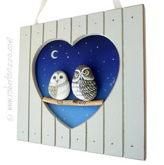 Wonderful Unique Hand Painted 3-D Heart Shaped Frames with A Couple of Rock Owls Love! Rock Painted Owls In Love | Unique Creations by Roberto Rizzo | #owls #handmade #fineart #paintings #love #heart