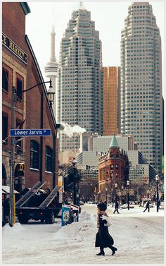 Winter in Toronto, Ontario, Canada (photo by Sanjin Avdicevic) Quebec, Westminster, Torre Cn, Ontario, Montreal, Pvt Canada, Vancouver, Toronto Photography, Travel Photography