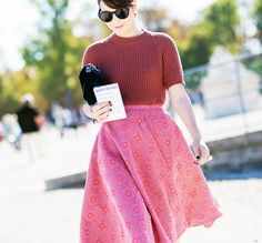 Tuck a short-sleeved sweater into a cheerful full skirt for an on-point ladylike look. // #StreetStyle