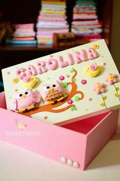 Atelier - Boutique D' Caroline: *Carolina* Owl Crafts, Diy And Crafts, Crafts For Kids, Boutique D Caroline, Felt Fabric, Felt Diy, Dose, Felt Ornaments, Clay Creations