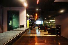 Golden Tulip Mandison Suites Bangkok - Sukhumvit - Bangkok, Thailand Business Centre, Bangkok Thailand, Tulip, Night Life, Restaurant, Country, Table, Projects, Furniture