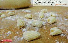 gnocchi di patate senza uova fatti in casa ricetta base per gli gnocchi