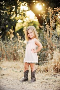 TOP 5 CUTE KIDS AND THEIR ADORABLE OUTFITS