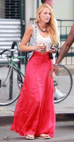 "A ""Serena"" da série Gossip Girl usa havaianas.  Blake Christina Lively (Tarzana…"