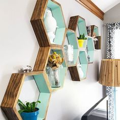 Still pinching myself over how amazing our #DIY honeycomb shelves turned out. These were such a great addition to the bl...