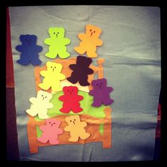 10 Bears in My Bed! Easy to make flannel board. Great for bilingual storytime.