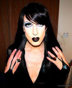 Find Friends, Crossdressers, Transgender, Girlfriends, Halloween Face Makeup, Stylish, Lady, Girls, Crossdressed