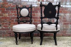 Pair of English Victorian Chairs with Ebonised Wooden Frame Mid Century Chair, Mid Century Furniture, Retro Furniture, Antique Furniture, Victorian Chair, Take A Seat, Dining Room Chairs, Wooden Frames, Outdoor Chairs