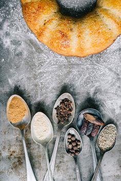 Torta de zanahoria con nueces de Luisa...Cilantro pero no tanto de visita en el Blog El gato goloso http://www.elgatogoloso.com/2015/07/postres-especias-torta-zanahoria-tarta-cambur.html