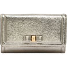 Salvatore Ferragamo Women Metallic Leather Clutch ($870) ❤ liked on Polyvore featuring bags, handbags, clutches, gold, chain strap handbags, metallic clutches, metallic leather purse, leather handbags and leather purses