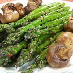 Roasted Asparagus with Mushrooms Recipe -