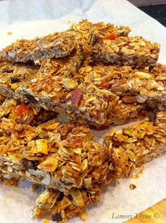 Homemade Granola Bars {Share the Love}