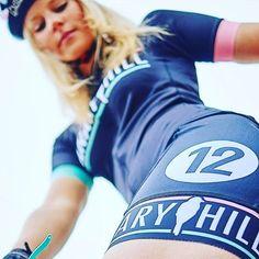 @janavansteenbrugghe Keeping it   in her @canaryhill.be gear!  Nice piece of kit   #canaryhill #cyclingjersey Cycling Girls, Nice, Gears, Instagram Posts, Fashion, Sports, Moda, Hs Sports, Gear Train
