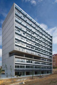 .bak: Apartamentos tutelados en Benidorm, Javier García Solera