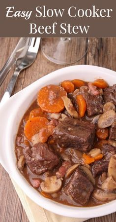 Slow Cooker Beef Stew Recipe {Real Food Recipes, Healthy Recipes, Dinner Ideas, Recipes for Families, Healthy Food, Beef Recipes, Stew Recipes, Slow Cooker Recipes, Crockpot Recipes}
