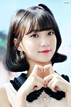 fyohmygirl: c-festival fansign © 스윗비 Korean Girl, Asian Girl, Kpop Girl Bands, Asian Celebrities, First Girl, Best Face Products, Ulzzang Girl, My Baby Girl, Korean Beauty
