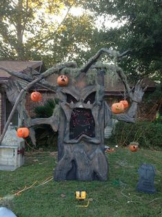 "For my show this year I wanted to add in a light o rama singing face, but I didn't just want a giant light up face in the yard or on the house.  I wanted the face to be a character in the yard haunt, not just a distraction.  This was my solution.Here's a walk thru of how I built him:1.  Fist I had to build the light up singing face.  For that I used 3/8"" rope light, black coroboard, and some zipties.  I wont go into detail on the construction of the lighting, there ar"