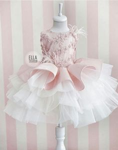 İpek Şantuk and three-dimensional lace combined with our model❣️ - Kindermode Baby Girl Party Dresses, Little Girl Dresses, Flower Girl Dresses, Dresses Dresses, Fashion Dresses, Little Girl Fashion, Kids Fashion, Girls Dress Shoes, Baby Dress Design
