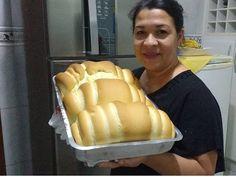 Pão caseiro - YouTube Hot Dog Buns, Hot Dogs, Cooking Recipes, Bread, Nova, Youtube, Panettone, Portuguese Sweet Bread, Homemade French Bread