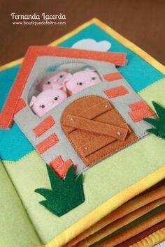 3 little pigs Diy Quiet Books, Baby Quiet Book, Felt Quiet Books, Book Projects, Sewing Projects, Sensory Book, Quiet Book Patterns, Toddler Books, Book Quilt