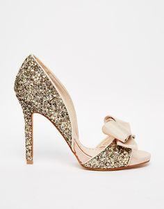 Miss KG | Miss KG - Gabriella - Escarpins peep toes à découpes - Éclat doré chez ASOS