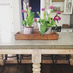 Since all my junk is packed up, I'm throwing it back to spring in my Arizona house. I loved this island my husband and I built. I still have the egg and dart concrete mold. I think I need to incorporate that in my new house somewhere... LIKE THE FIREPLACE!!!