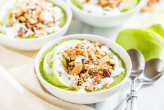 I created these Cinnamon Crunch Apple Pie Smoothie Bowls for my husband who loves apple pie! Healthy comfort food that's Paleo, Vegan, & Clean Eating. Apple Pie Smoothie, Smoothie Bowl, Smoothies, Baby Food Recipes, Paleo Recipes, Whole Food Recipes, Paleo Sweets, Paleo Dessert, Healthy Comfort Food