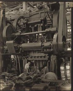 Ford Plant, River Rouge, Stamping Press, 1927 – Charles Sheeler, this is a little one! Cafe Industrial, Industrial Machinery, French Industrial, Industrial Bathroom, Industrial Artwork, Industrial Bookshelf, Industrial Apartment, Heavy Machinery, Industrial Living