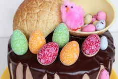 huevos chocolate Relleno, Easter Eggs, Watermelon, Fruit, Quail Eggs, Happy Easter, Colorful Flowers, Pies, The Fruit