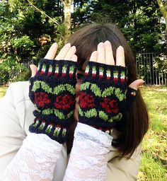 Rosabella Mitts pattern by Elanor King (catchloops on Ravelry), using Rowan Fine Tweed.