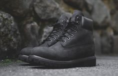 "Timberland 6 Inch Waterproof Boot ""Triple Black"" http://www.madness-shop.com/predstavitev-izdelka/570366/TIMBERLAND-6-Inch-Premium-Boot-Black?articlesize="