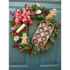 Best Wreath Decoration Ideas You Must Have This Christmas 2016 ❤ liked on Polyvore featuring home, home decor, holiday decorations, christmas wreaths, christmas holiday decorations, holiday decor and christmas home decor