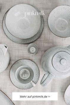 Shoppe jetzt die beliebte Geschirrserie Nordic Sand von Broste Copenhagen und bringe den skandinavischen Flair direkt auf Deinen Esstisch!🍽️