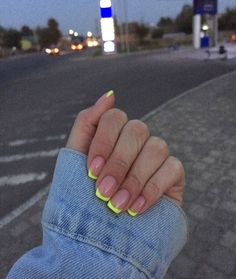 Image about girl in Nails. by Évelly on We Heart It - nails - Uploaded by Évelly. Find images and videos about nails, green and short nails on We Heart It – t - Aycrlic Nails, Neon Nails, Swag Nails, Hair And Nails, Neon Yellow Nails, Tribal Nails, Colorful Nails, Coffin Nails, Cute Gel Nails