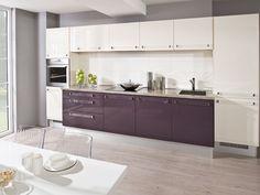 modern kitchen - vanilla / aubergine