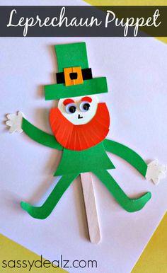 Popsicle Stick Leprechaun Puppet Craft for St. Patrick's Day #DIY