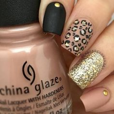 35 Fall Nail Art Designs You'll Love Fall nail art designs are all unique and special, and you are bound to be aware of all the versatility available. Best autumn manicure ideas are here at your disposal! Diy Nails, Cute Nails, Pretty Nails, Manicure Ideas, Nail Ideas, Fall Nail Art Designs, Acrylic Nail Designs, Leopard Nail Designs, Nail Lacquer