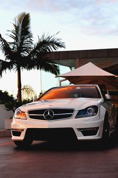 Mercedes Benz beautiful !!