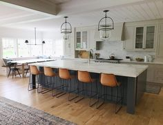 (Swipe ◀️) I'm always on the lookout for spaces that have been expanded to make way for a gorgeous open-concept kitchen/dining/living areas… Kitchen Dining Living, Home Decor Kitchen, New Kitchen, Home Kitchens, Kitchen Ideas, Dining Table, Open Concept Kitchen, Kitchen Remodel, Sweet Home